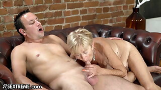 He Pounded His Step-GILF After A Daring Photoshoot