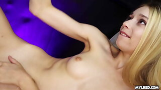 Adorable Teen Jessica Marie DRENCHED in Cum