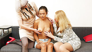 wild lesbian family therapy orgy