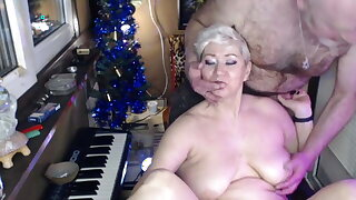 My MILF bitch sucks my fingers, dick & gets fisted in her wet cunt!